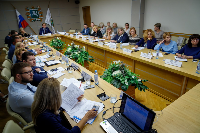 В Томской области обсудили ход реализации национального проекта _Здравоохранение_