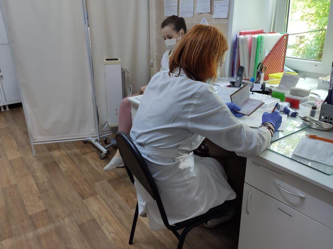 Межвузовская поликлиника открывает два дополнительных кабинета клещевых инфекций, а четвертая поликлиника - новый круглосуточный пункт