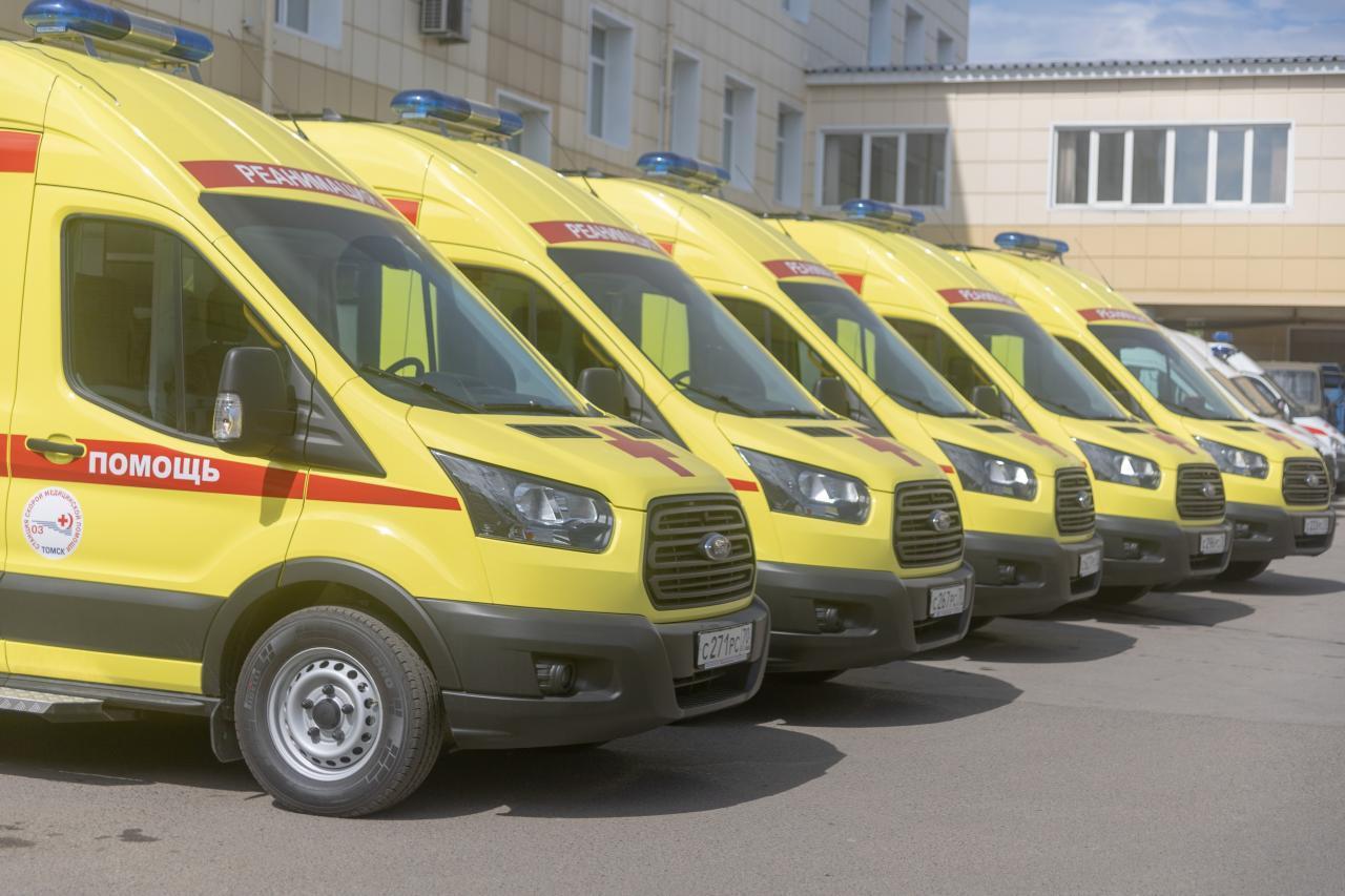 Автопарк томской _скорой помощи_ пополнили 10 новых автомобилей