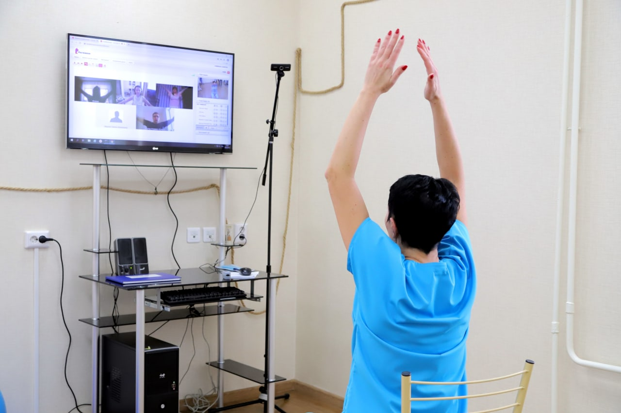 В Томской области пациенты после COVID-19 могут пройти реабилитацию онлайн. Записаться можно на сайте covidtomsk.ru